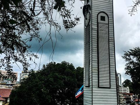 艾京生钟楼旅游景点图片