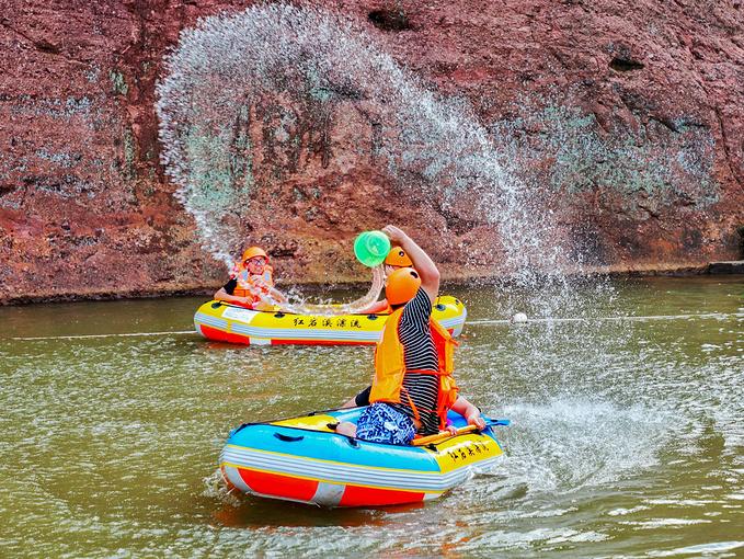 红岩溪漂流图片