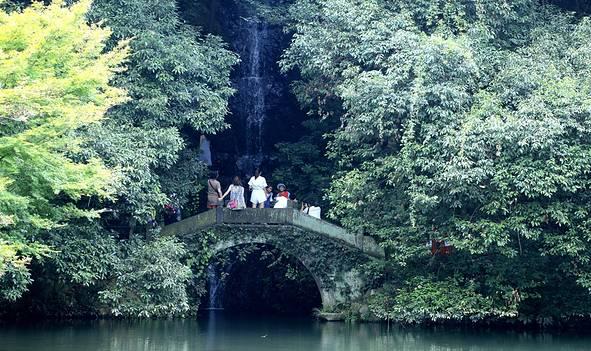 杭州九溪,惊艳了西湖时光,醉卧在梦溪山庄
