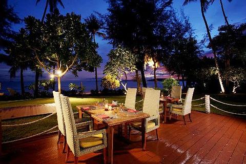 Rim Saai泰国餐厅
