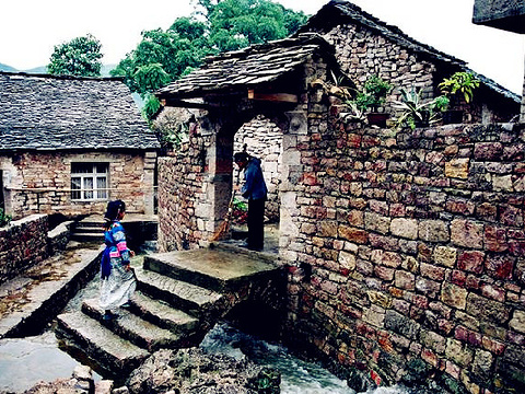 石头寨旅游景点图片