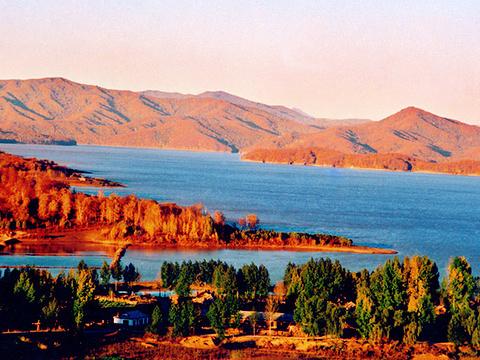 龙山湖旅游景点图片
