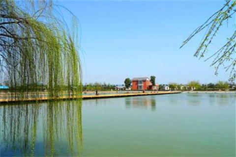 千龙湖生态旅游度假区的图片