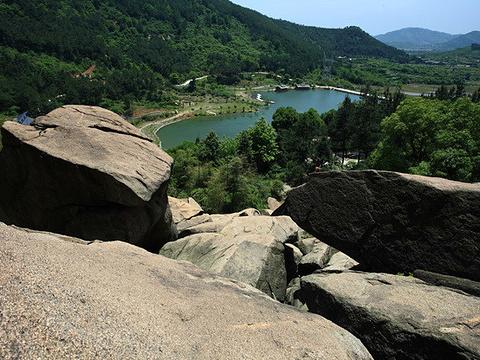 怪石岭旅游景点图片