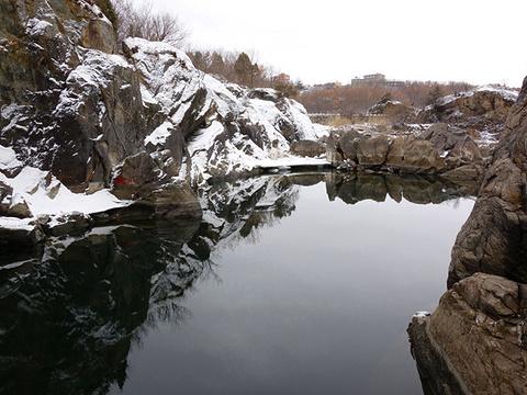 镜泊峡谷旅游景点图片