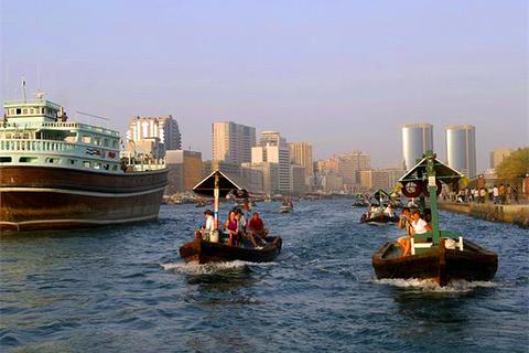 迪拜河的图片