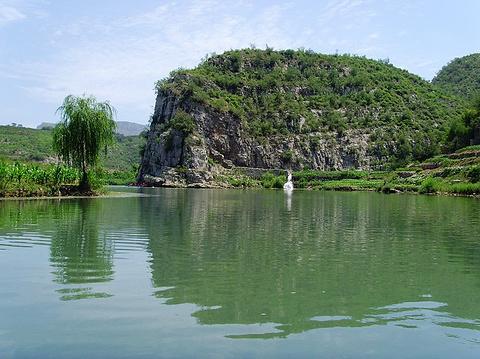关山峡谷漂流