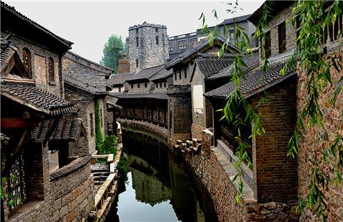 龙庆峡一日游攻略_北京好玩的地方-2021北京有什么好玩的地方推荐-去哪儿攻略