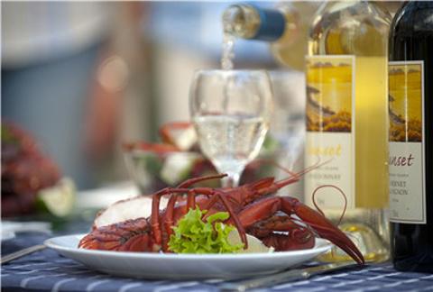 美味的淡水小龙虾以及各种海鲜