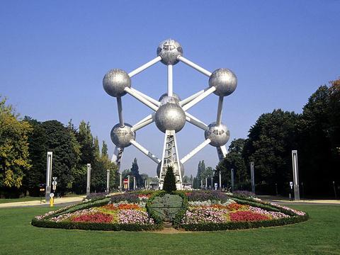 布鲁塞尔原子塔旅游景点图片