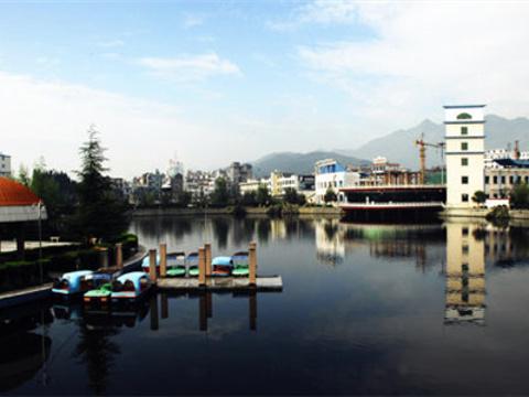 太液湖公园旅游景点图片