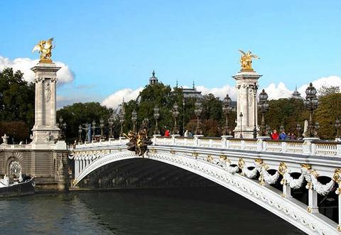 亚历山大三世桥的图片