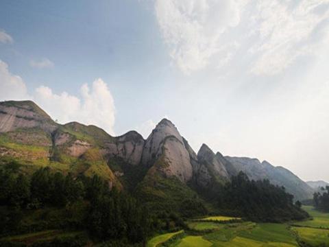金钟山旅游景点图片