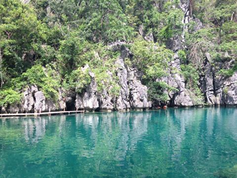双子泄湖旅游景点图片