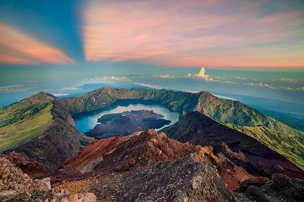 林查尼火山旅游图片