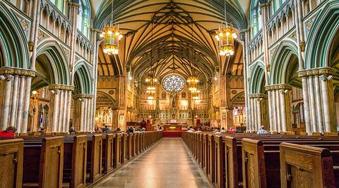 圣邓斯坦大教堂