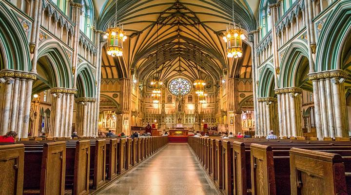 圣邓斯坦大教堂旅游图片