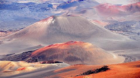 哈雷卡拉火山
