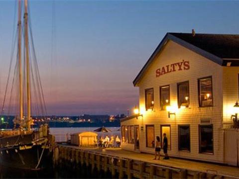 Salty's旅游景点图片