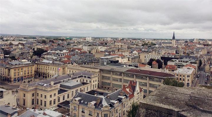 兰斯城市鸟瞰旅游图片