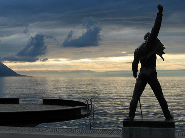 弗雷迪•默丘里雕像