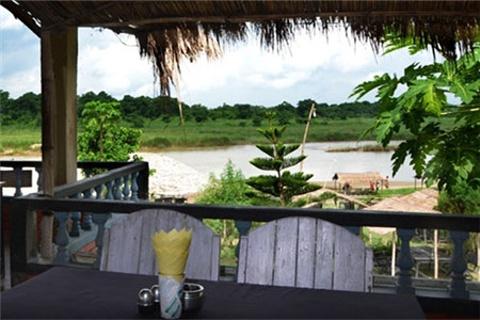 河畔日落餐厅