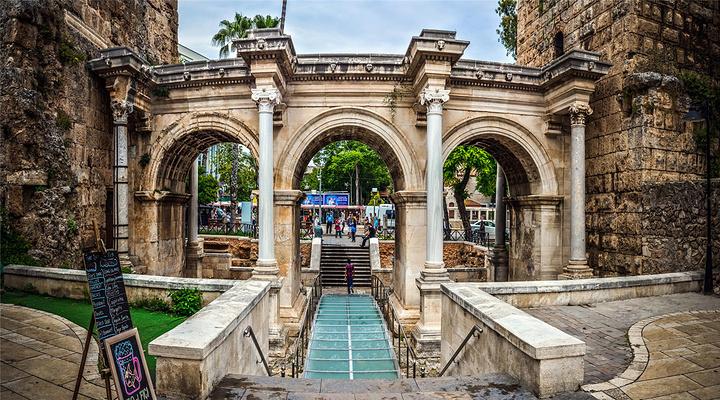 哈德良门旅游图片