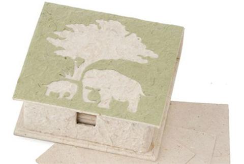 象粪纸 Elephant dung Pape
