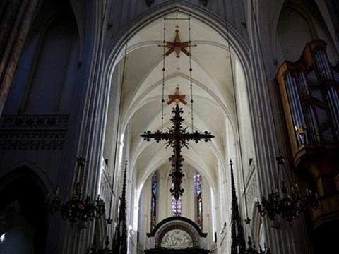 孤独圣母教堂旅游景点图片