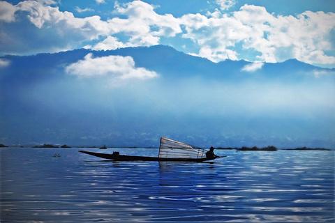 茵莱湖旅游图片