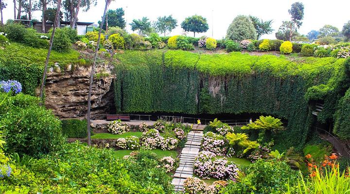 甘比尔山洞穴花园旅游图片