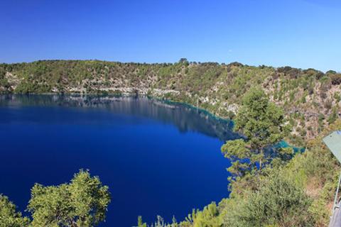 蓝湖的图片