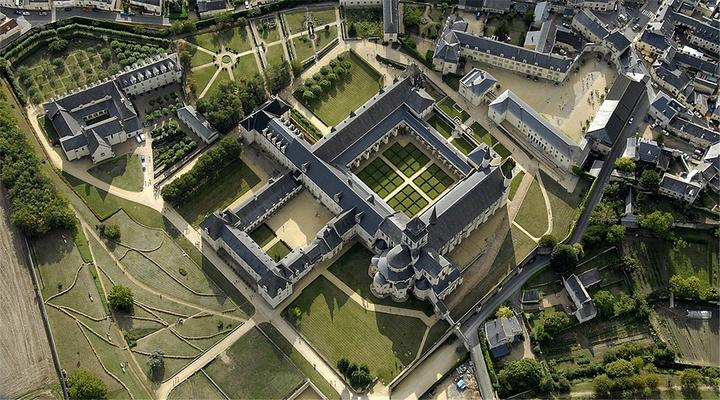 丰特莱修道院旅游图片