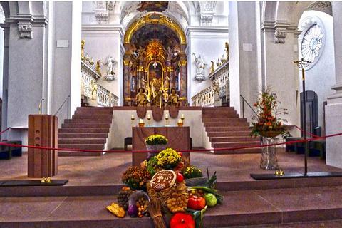 新明斯特教堂的图片