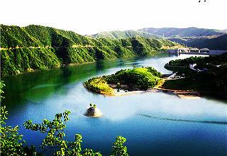 西峡寺山国家森林公园