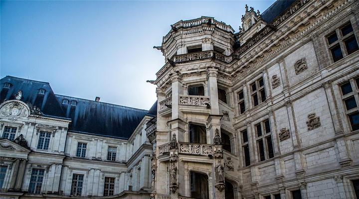 布洛瓦皇家城堡旅游图片