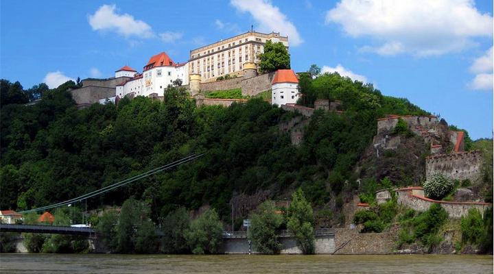 韦斯特城堡旅游图片