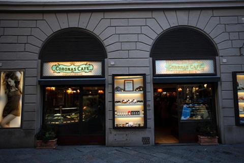 Coronas Café