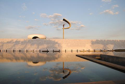 库比契克总统纪念碑