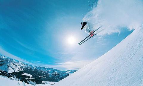 青岛崂山北宅高山滑雪场