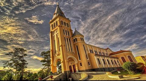 大叻天主修道院