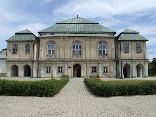 弗沃达瓦犹太教会堂旅游图片