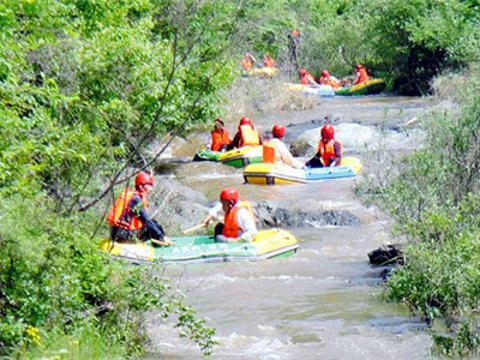 京山鸳鸯溪漂流旅游景点图片