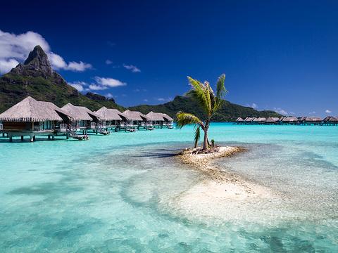 蓝色泻湖旅游景点图片