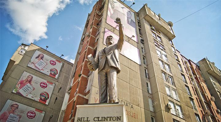 克林顿雕像旅游图片