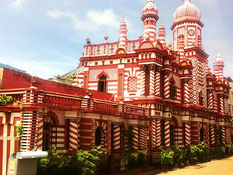 Jami-Ul-Alfar清真寺旅游景点图片