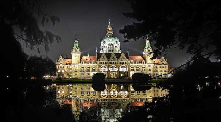 新市政厅旅游图片