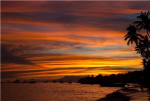 日落阿洛纳海滩
