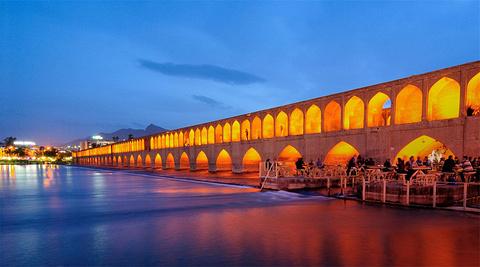 三十三孔桥