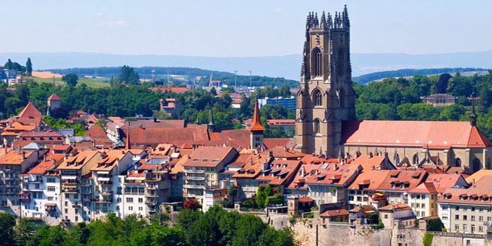 穿越中世纪——欧洲古镇弗里堡一日游